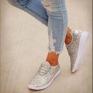 Shoes - Silver glitter boutique shoes.
